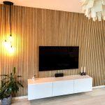 Living room with Classic Oak grey felt Akupanel